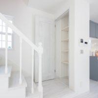 56.すっきりホワイトシックな暮らしやすい家