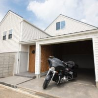 59.アメリカンなバイクガレージハウス